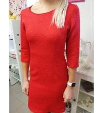 Klassikaline punane ühevärviline kleit